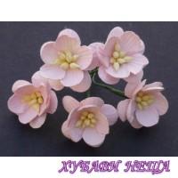 Цветя от Мълбери хартия- Черешов цвят 25мм Бледо розов 5 бр