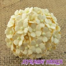 Цветя от Мълбери хартия Цветчета 15мм Крем- 10бр