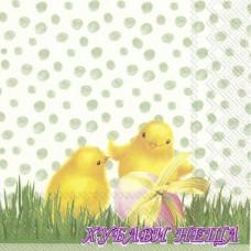 Салфетка- V021 Пиле през пролетта